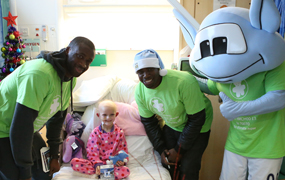 Yaya Toure and Micah visit Manchester Children's Hospital